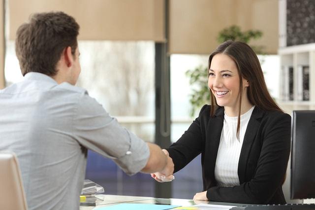 Top 6 giáo trình tiếng Anh giao tiếp cho người đi làm