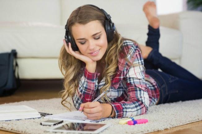 Làm thế nào để luyện nghe tiếng Anh hiệu quả nhất?