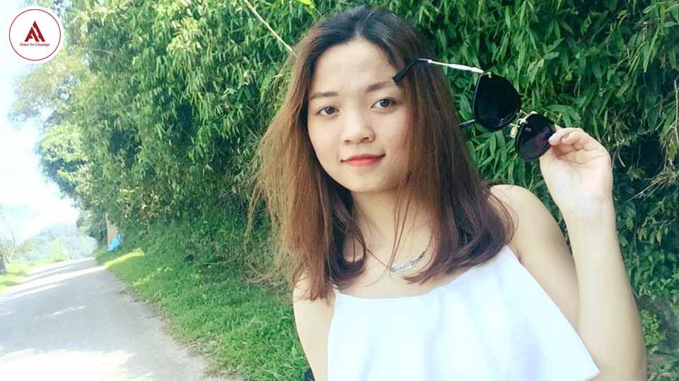 Cô gái đạt 835 TOEIC chia sẻ bí quyết ''tóm gọn'' cả 7 part